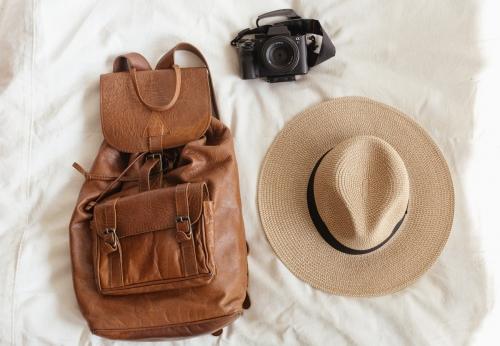 Соломенная шляпа с полями
